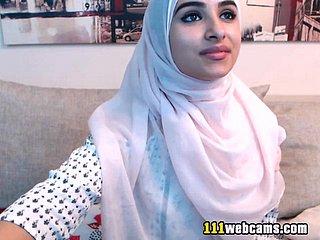 dicke arabische beute hijab